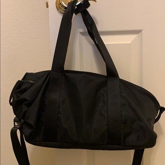 99f1626a54f8 lululemon athletica Handbags - Lululemon Fast Track Duffel Bag